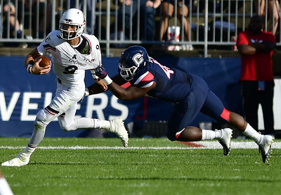 uconn-football-to-set-national-records-for-defensive-futility