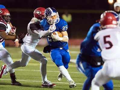 larosa-helps-lead-secondhalf-rally-as-southington-football-wins-seventh-straight-apple-valley-classic-over-cheshire
