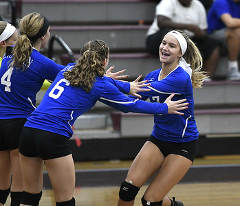 no-18-bristol-eastern-girls-volleyball-uses-fast-start-to-sweep-no-15-bristol-central-advances-to-second-round