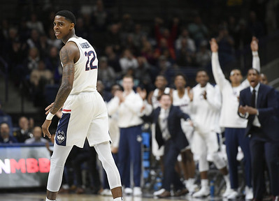 larrier-scores-27-and-uconn-pulls-away-from-colgate-7058