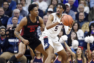 uconn-mens-basketball-anxious-for-season-though-unsure-of-its-start-date