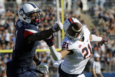 wide-receiver-mayala-believes-uconn-football-ready-to-return-to-postseason