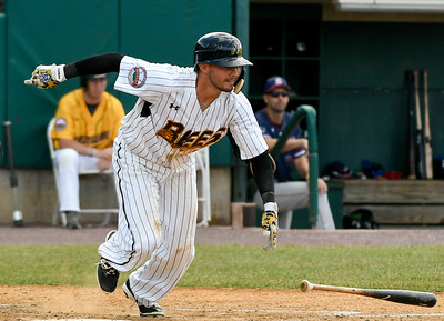 bacas-goahead-single-holds-up-as-new-britain-bees-beat-lancaster-barnstormers