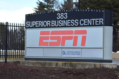 cafe-under-investigation-in-death-of-espn-broadcasters-wife
