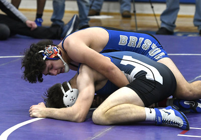 bristol-eastern-wrestling-takes-second-place-at-massconnfusion-tournament