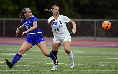being-heard-loud-and-clear-deafness-not-stopping-miller-from-starring-on-pitch-for-plainville-girls-soccer