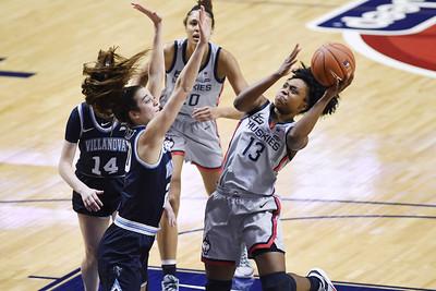 no-1-uconn-womens-basketball-rolls-past-villanova-to-reach-big-east-tournament-final