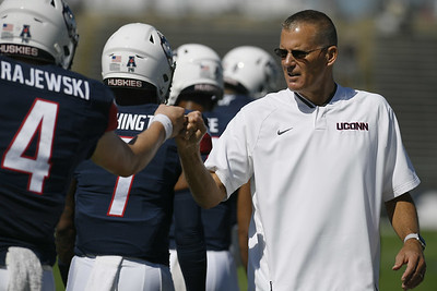 uconn-football-adds-11-recruits-including-seven-defensive-players-during-early-signing-period