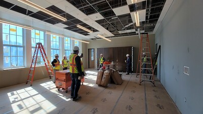 city-officials-tour-new-bristol-arts-and-innovation-magnet-school-see-progress-on-reconstruction