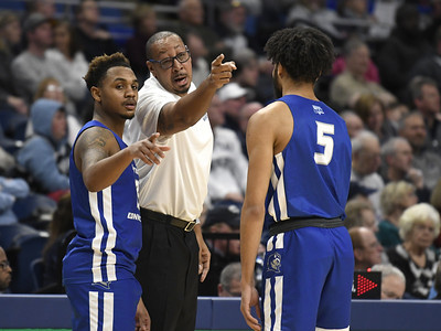 ccsu-mens-basketball-pulls-away-from-connecticut-college-in-second-half-to-snap-18game-losing-streak