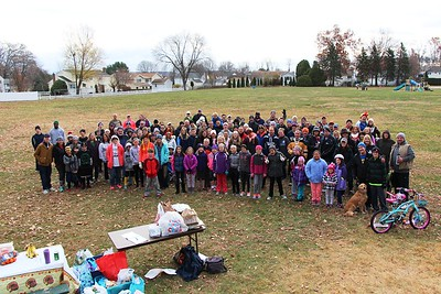 thanksgivng-day-turkey-trot-to-benefit-human-services