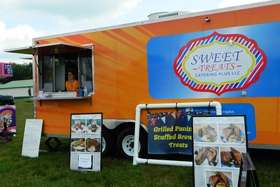 food-truck-festival-drives-thousands-to-plymouth