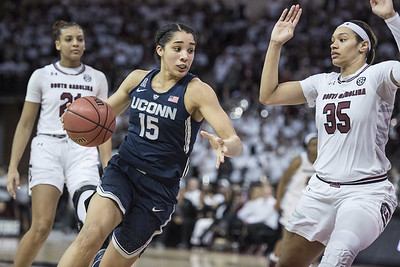 south-carolina-crowd-is-silenced-by-uconn-womens-basketball-during-rout