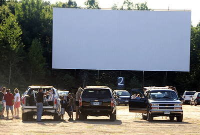 southington-drivein-screens-successful-year