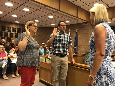 replacements-sworn-in-to-plainville-town-council-boe