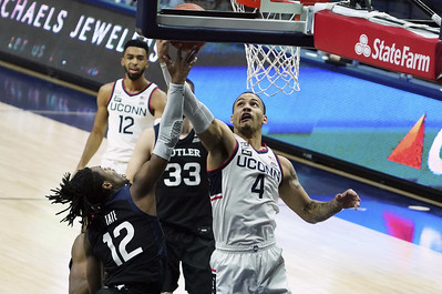 martin-was-effective-at-both-ends-of-the-court-in-uconn-mens-basketballs-win-over-butler