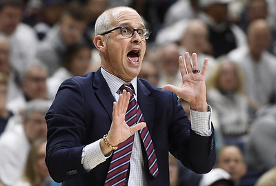 uconn-mens-basketballs-hurley-calls-out-fans-for-criticizing-gilbert
