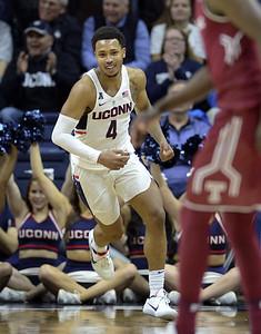 uconn-mens-basketball-junior-adams-coy-about-plans-for-next-season