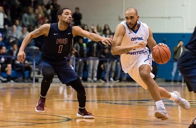 ccsu-mens-basketball-falls-to-sacred-heart