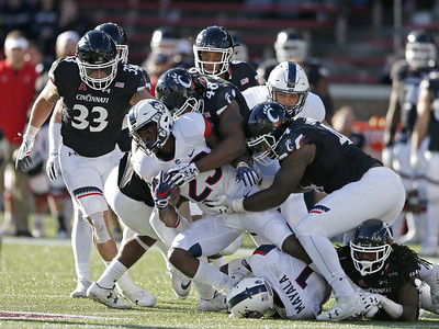 football-preview-uconn-football-opens-season-at-home-against-no-21-ucf