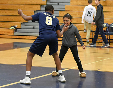 newington-boys-volleyball-sweeps-simsbury-for-second-time-in-three-days