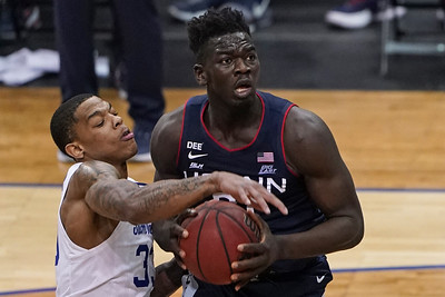 sanogo-steps-up-for-uconn-mens-basketball-which-all-but-wraps-up-ncaa-berth