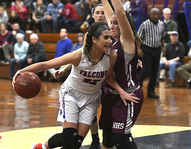 kolb-paces-st-paul-girls-basketball-in-third-straight-win