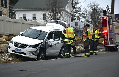 vehicle-leaves-road-in-bristol-crash