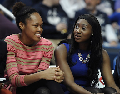 transfer-camara-ready-to-play-for-uconn-womens-basketball-after-sitting-out-last-season
