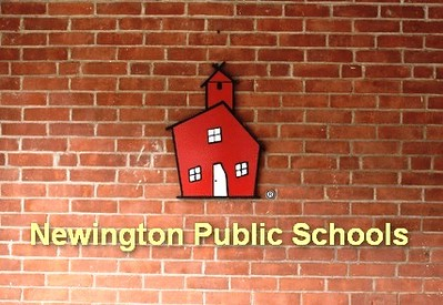nonprofit-hired-to-help-in-newington-superintendent-search