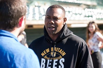 former-big-leaguer-de-aza-huge-asset-for-new-britain-bees-brings-winning-mentality