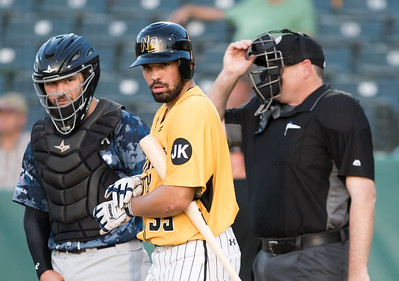 new-britain-bees-win-first-game-of-doubleheader-on-long-island-against-ducks