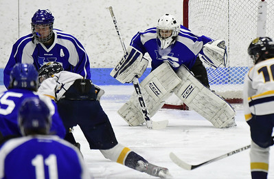 hallsouthington-ice-hockey-falls-in-season-opener-after-late-goal-by-tritown
