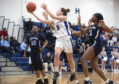 pizzitolas-clutch-shot-in-waning-seconds-lifts-southington-girls-basketball-over-middletown-in-first-round-of-class-ll-state-tournament