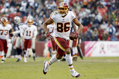 new-britain-native-jordan-reed-visits-seattle-seahawks