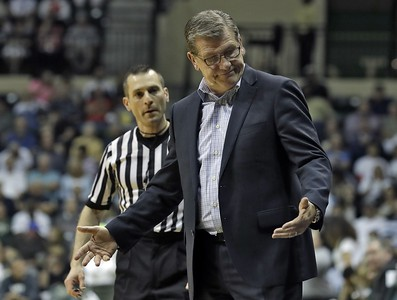 geno-auriemma-says-uconn-womens-basketball-has-no-margin-for-error-in-ncaa-tournament