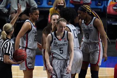 uconn-womens-basketball-never-holds-lead-in-final-four-loss-to-arizona