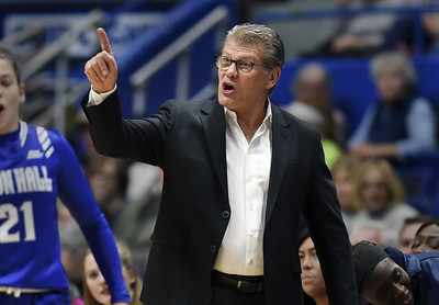 uconn-womens-basketball-coach-auriemma-to-join-golden-state-warriors-coach-kerr-for-chat-with-champions