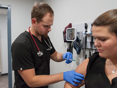 as-flu-continues-to-spread-vaccinations-still-available