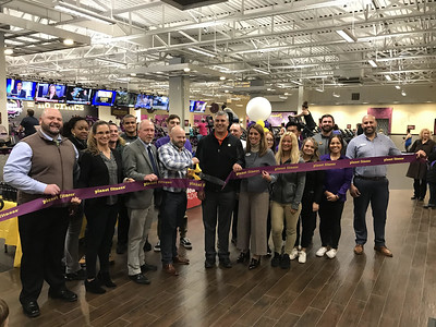 southington-chamber-of-commerce-celebrates-planet-fitness-grand-opening