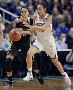 chong-answered-the-bell-for-uconn-womens-basketball-earned-recognition