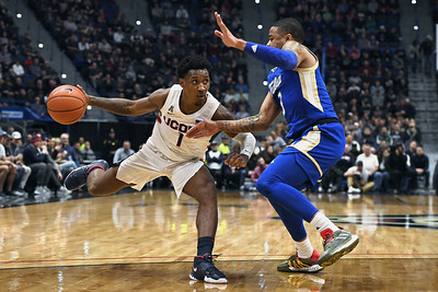 uconn-mens-basketball-makes-late-comeback-but-falls-short-in-overtime-against-tulsa