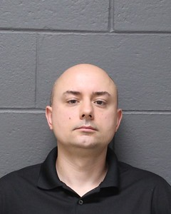 southington-man-left-2-young-girls-in-hot-car-police