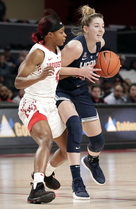 uconn-womens-basketball-gets-20point-victory-following-its-first-regular-season-loss-in-more-than-four-years