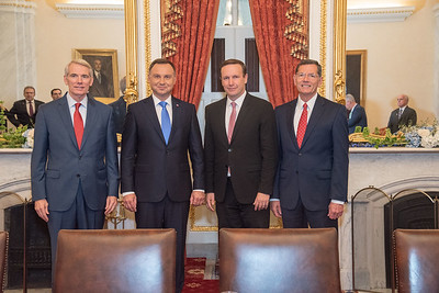 murphy-talks-manufacturing-with-polish-president