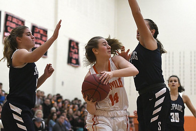 terryville-girls-basketball-struggles-in-seasonopening-loss-to-shepaug