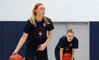 uconn-womens-basketball-freshman-bueckers-already-has-big-following