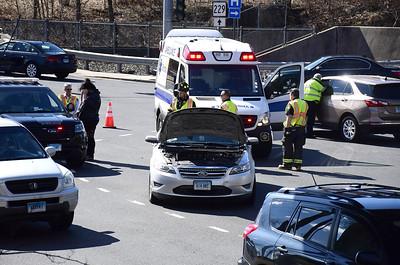 1-injured-after-twocar-crash-in-bristol