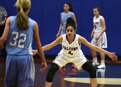 st-paul-girls-basketball-still-battling-despite-injuries