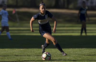 newington-girls-soccer-standout-mullings-receives-allamerican-honors